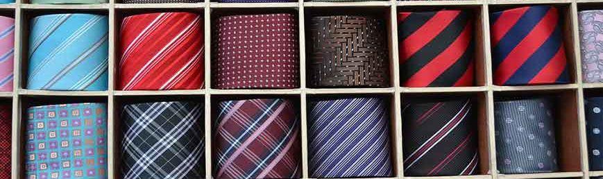 Cómo limpiar una corbata Washrocks